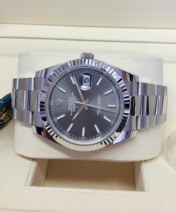 Rolex replica Datejust 41mm 126334 Rhodium Dial2
