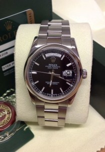 Rolex replica Day-Date 118209 White Gold Black Baton3